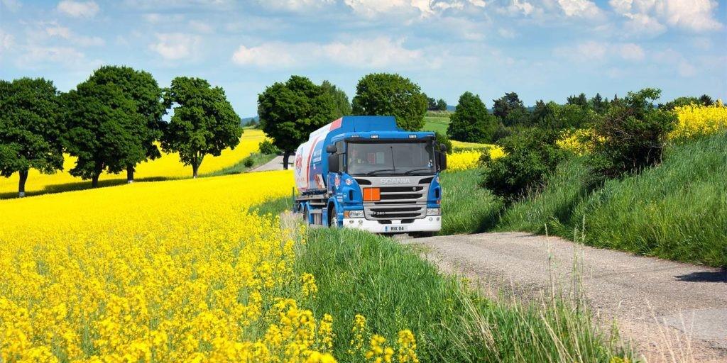 rix-lorry-field
