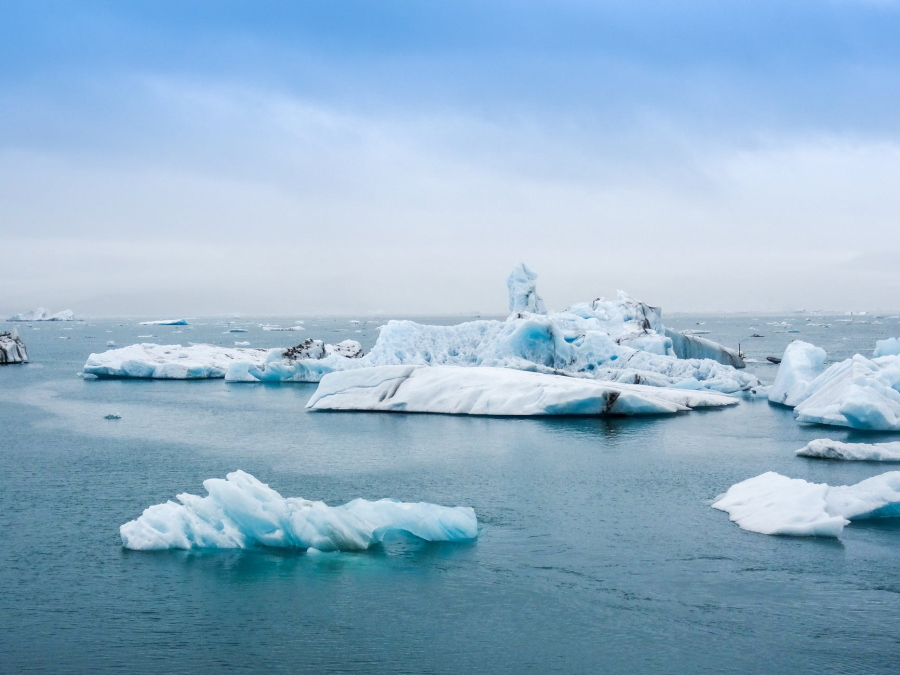 Melting Ice Bergs in the Sea